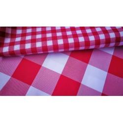 Obrus restauracyjny czerwona krata  4x4 cm